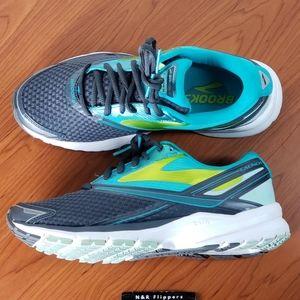 Brooks Launch 4 Women's Running Shoe Size 7.5